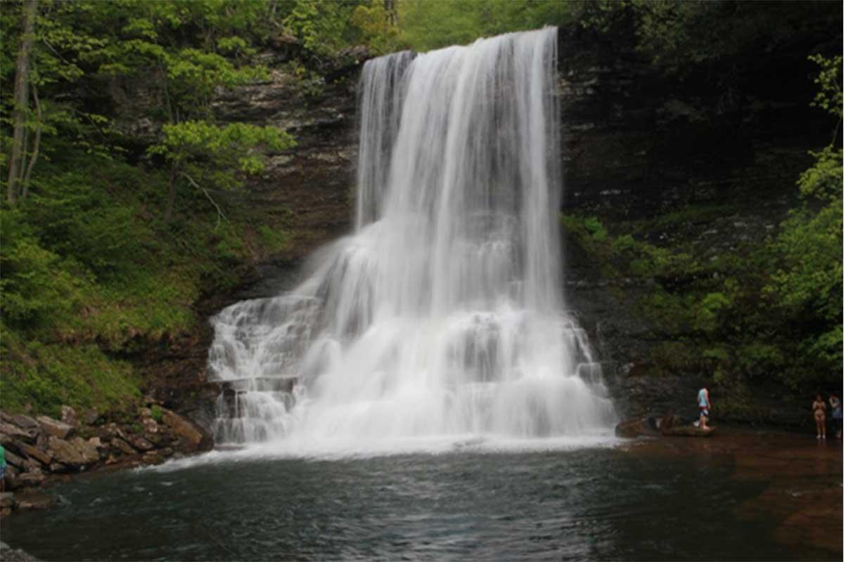 cascade falls pembroke