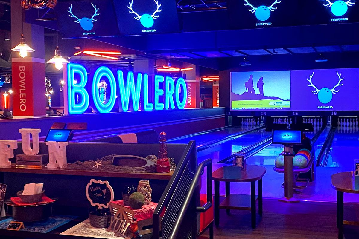 bowlero bowling lane
