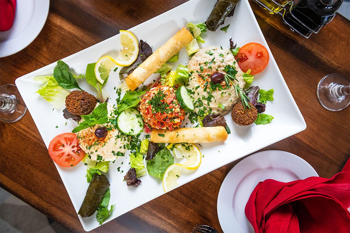 falafel on platter