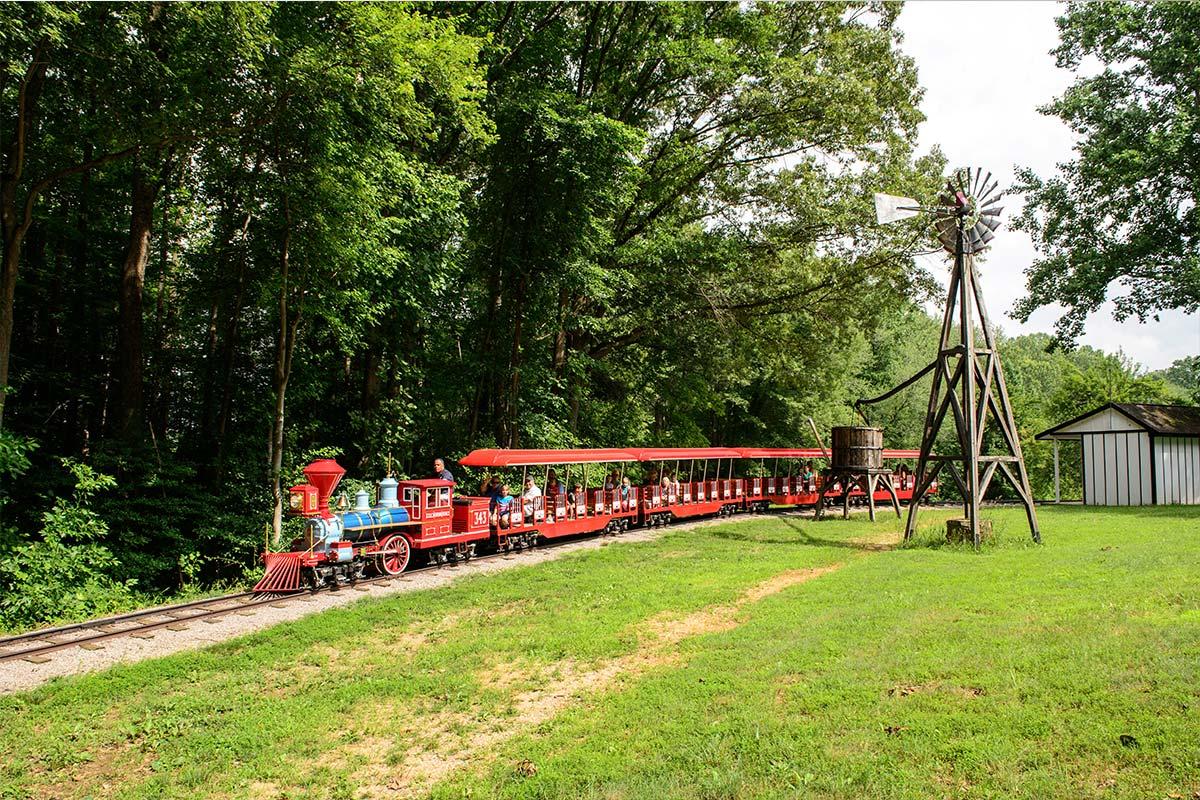 train and burke lake park